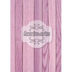 Lames de bois violettes
